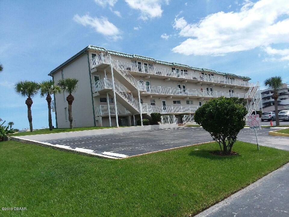 Photo of 4849 Saxon Drive #C209, New Smyrna Beach, FL 32169