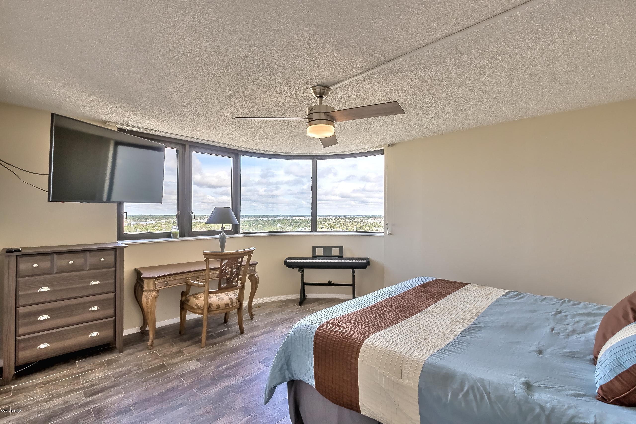 1420 Atlantic Daytona Beach - 22