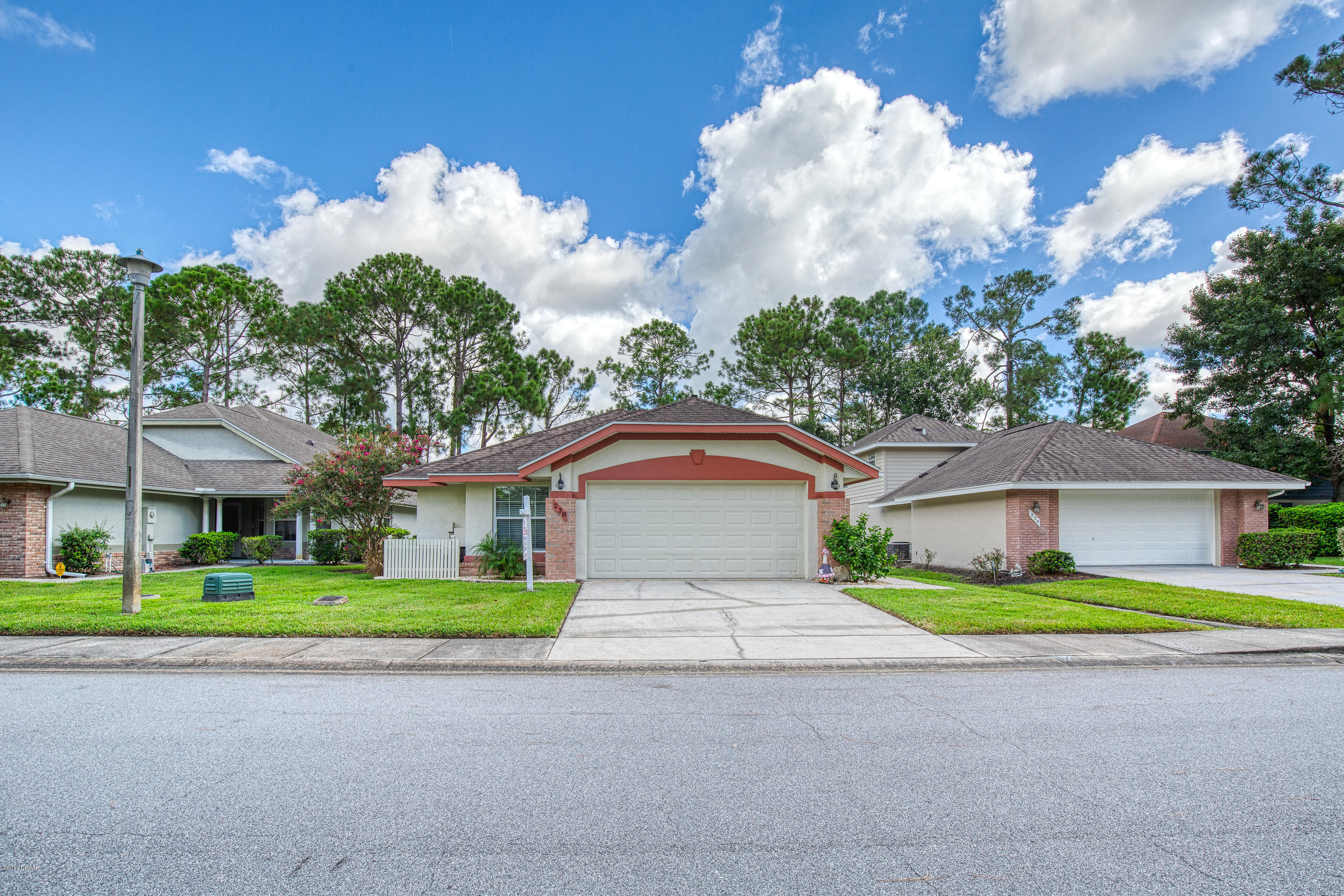 Photo of 238 Braeburn Circle, Daytona Beach, FL 32114