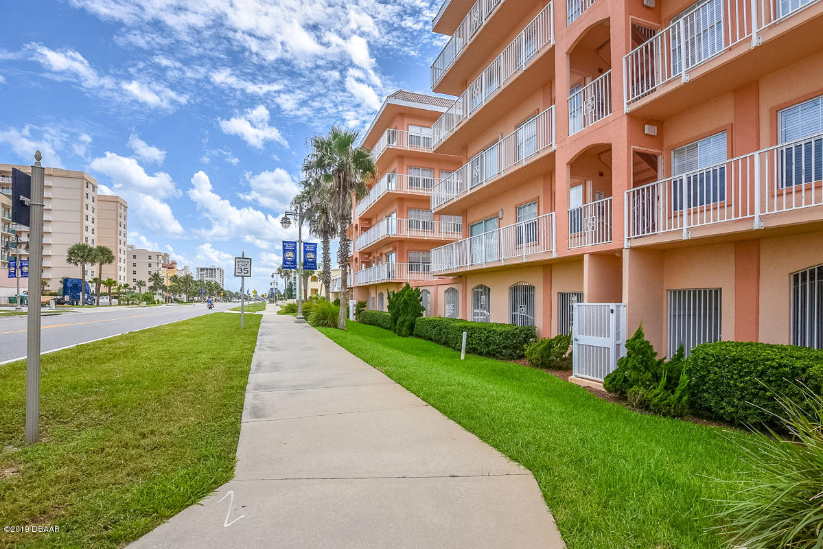 3756 Atlantic Daytona Beach - 3