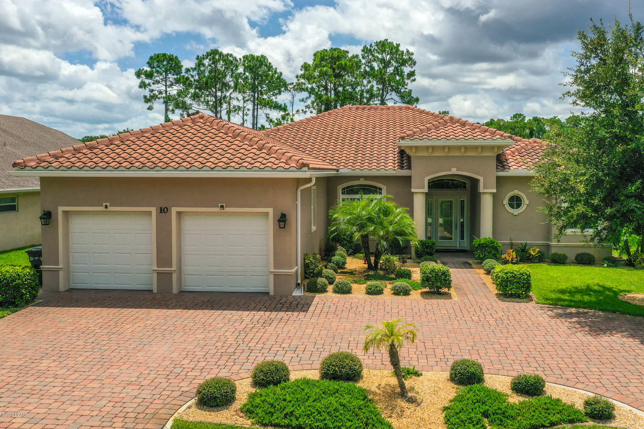 Photo of 10 Commander Court, Palm Coast, FL 32137