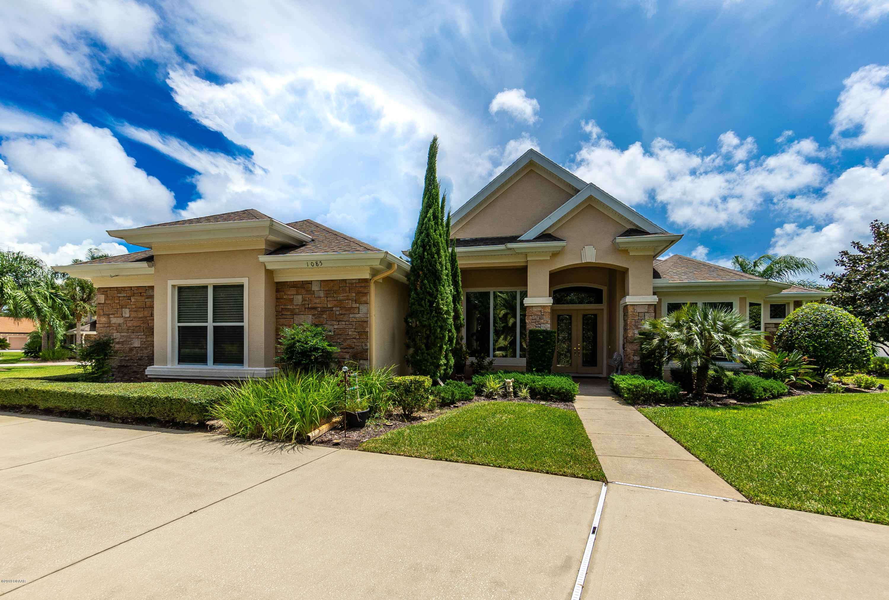 Photo of 1085 Hampstead Lane, Ormond Beach, FL 32174