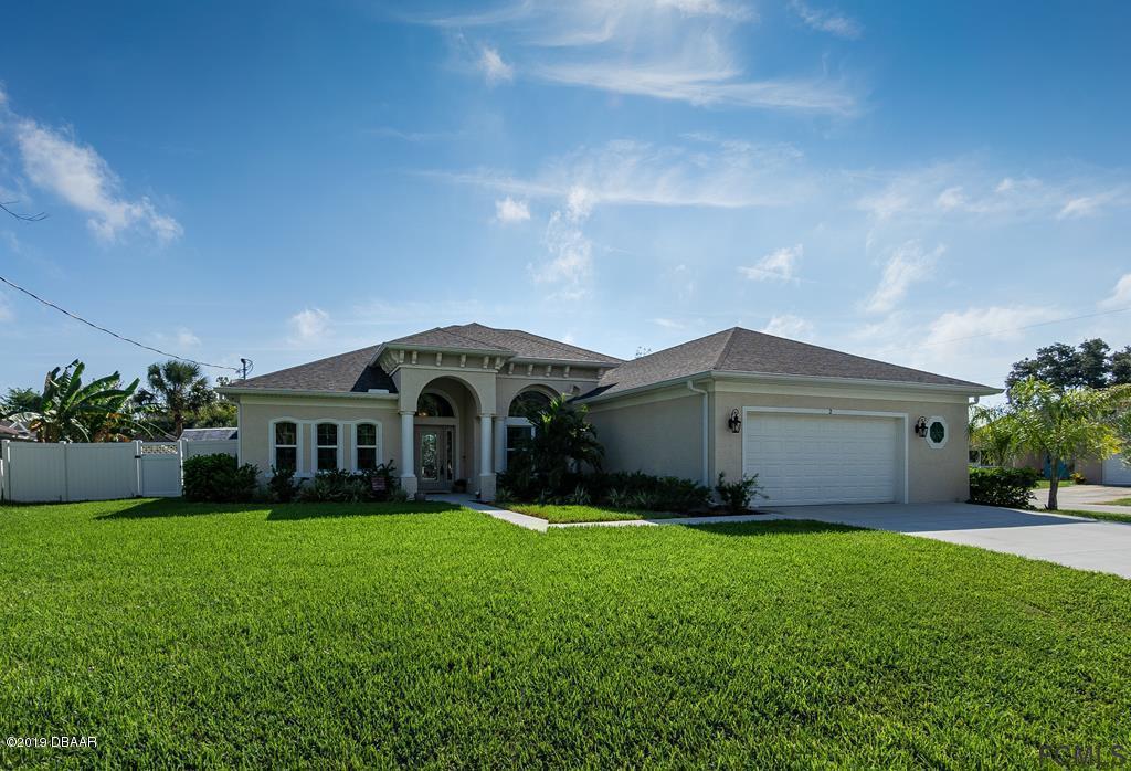 Photo of 2 Chippeway Court, Palm Coast, FL 32137