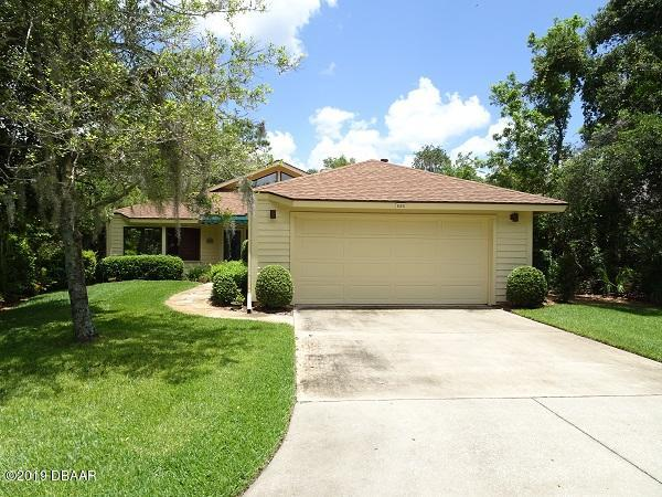 Photo of 620 St Andrews Circle, New Smyrna Beach, FL 32168
