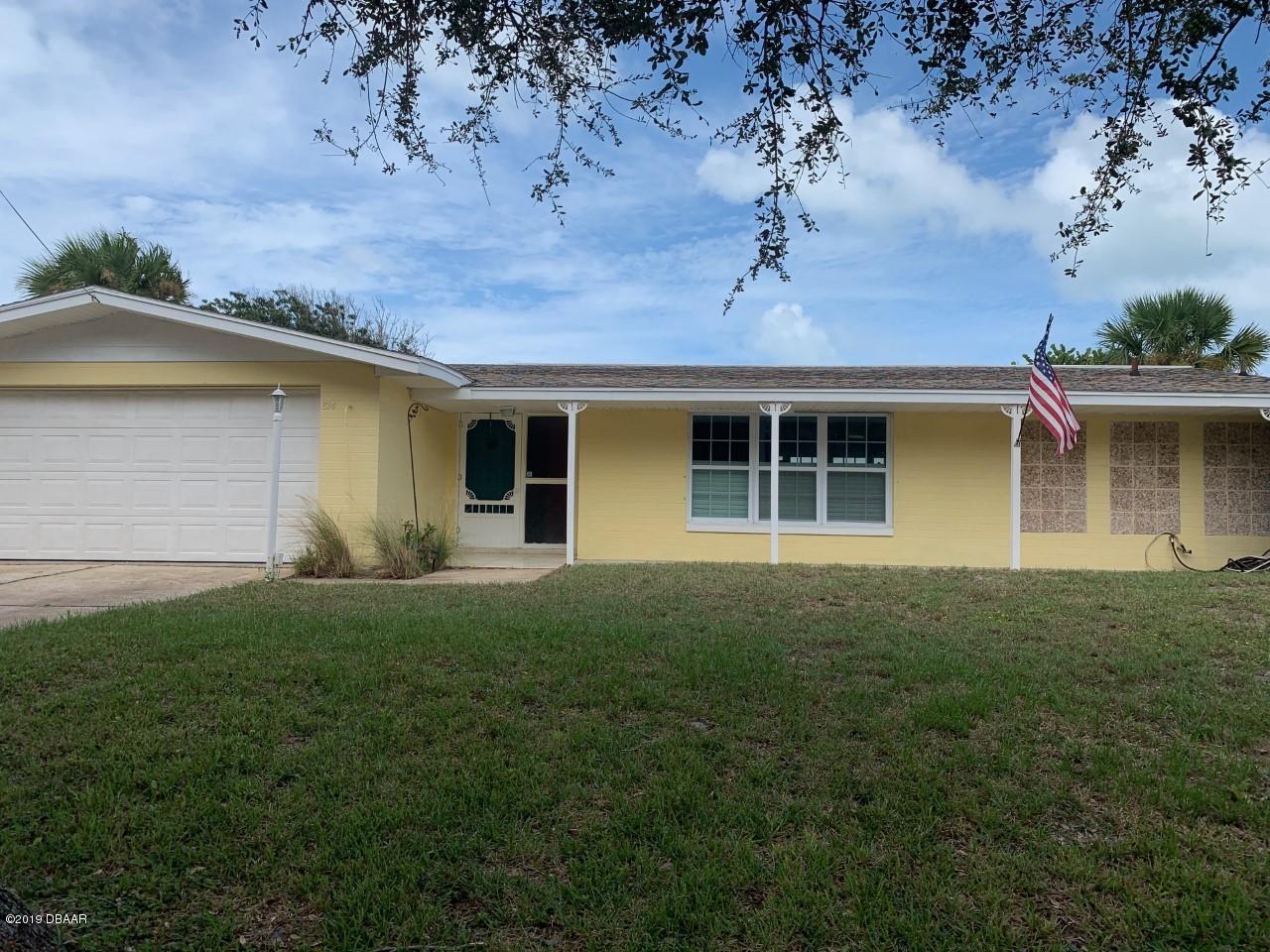 Photo of 814 Oakview Drive, New Smyrna Beach, FL 32169