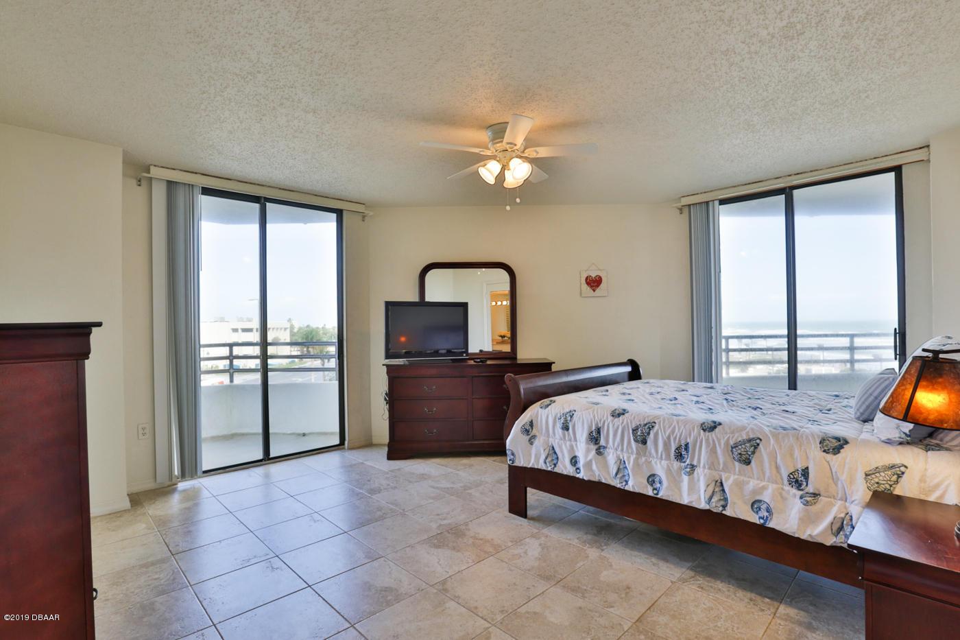 3013 Atlantic Daytona Beach - 13