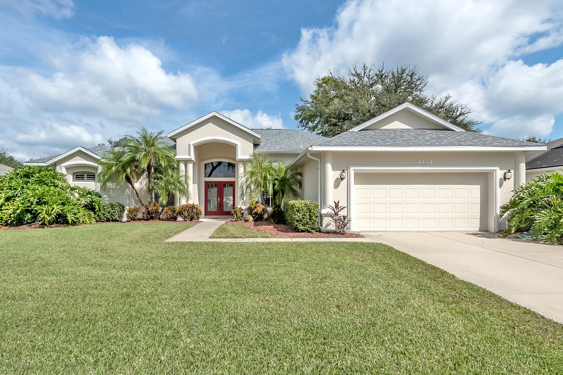 Photo of 6054 Sabal Hammock Circle, Port Orange, FL 32128