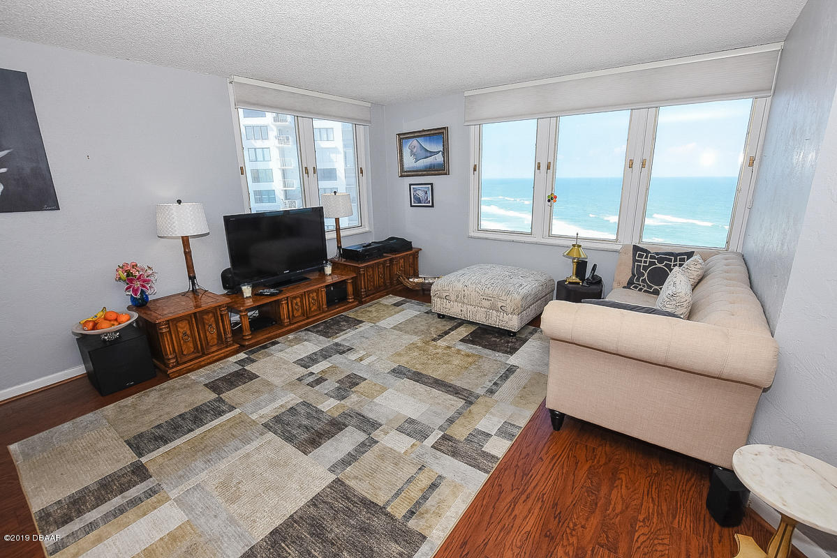 3047 S Atlantic Daytona Beach - 3