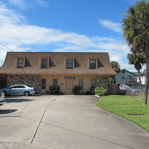Photo of 162 S Peninsula Drive, Daytona Beach, FL 32118