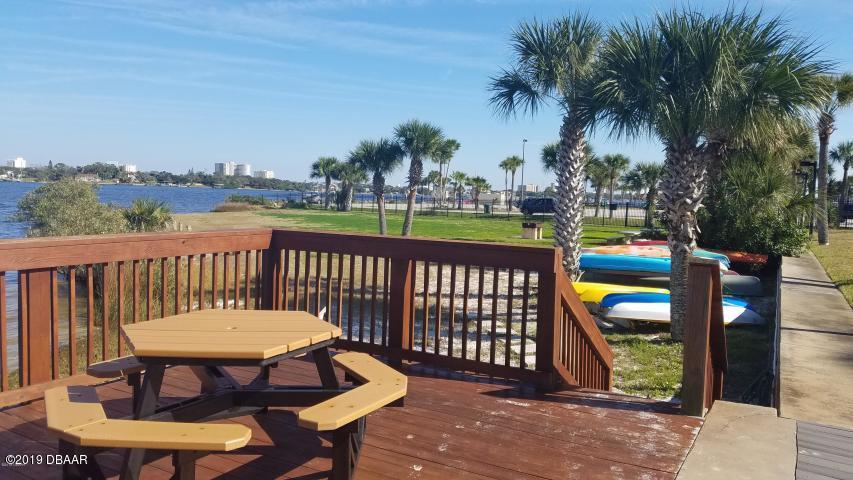 715 Beach Daytona Beach - 18