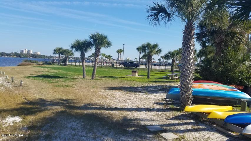 715 Beach Daytona Beach - 19
