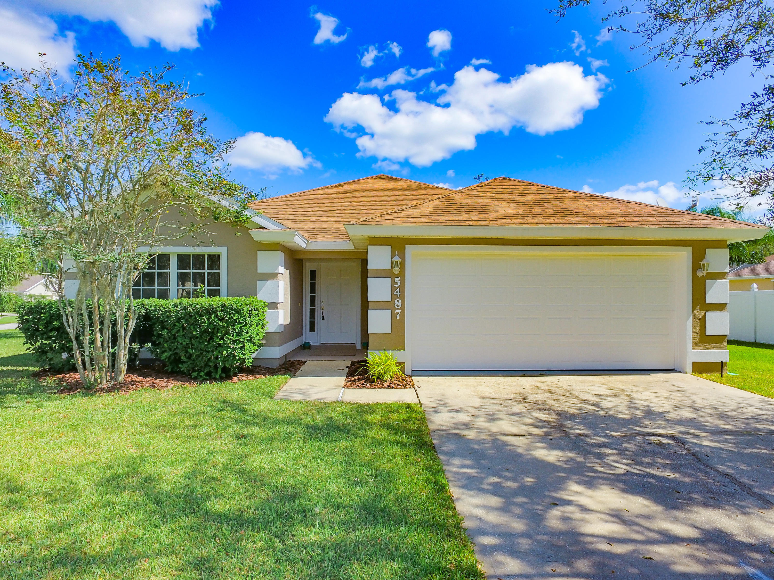 Photo of 5487 Carmody Lake Drive, Port Orange, FL 32128