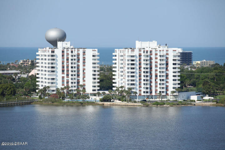 925 Halifax Daytona Beach - 1