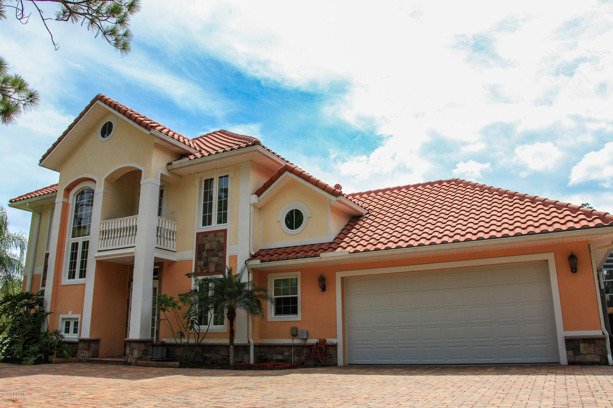 Photo of 443 Juniper Lane, Ormond Beach, FL 32174