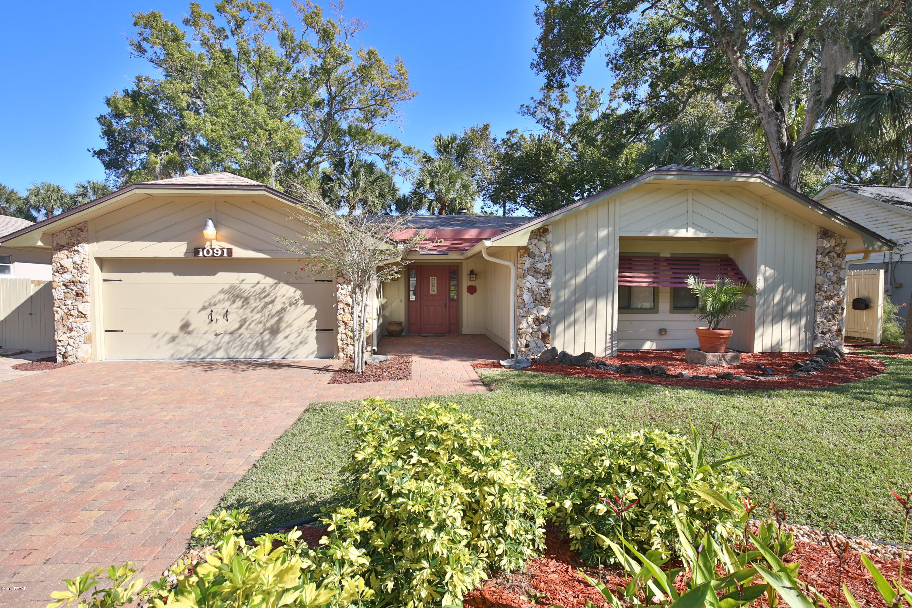 Photo of 1091 Peninsula Drive, Ormond Beach, FL 32174