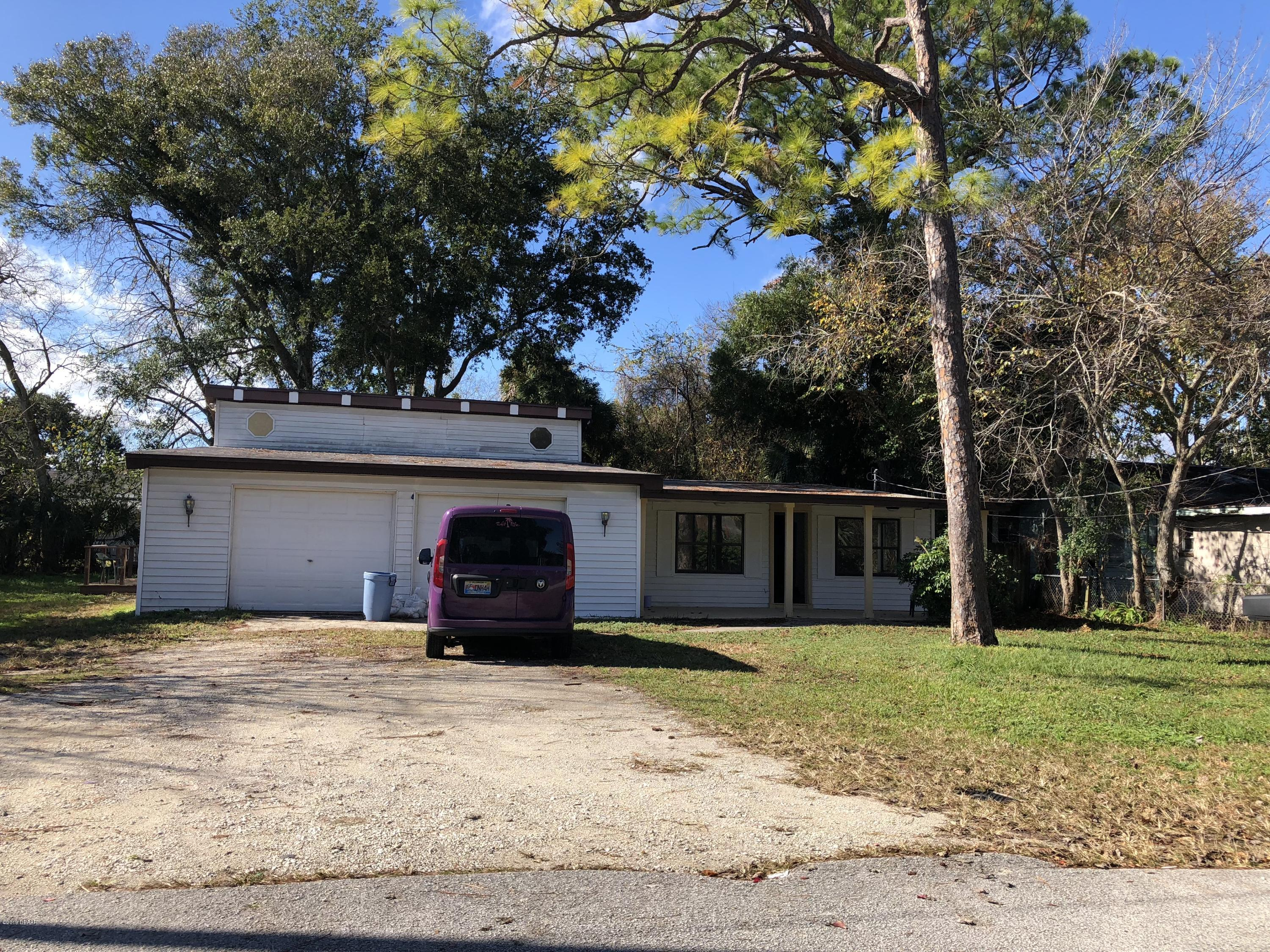 924 Oleander Holly Hill - 1