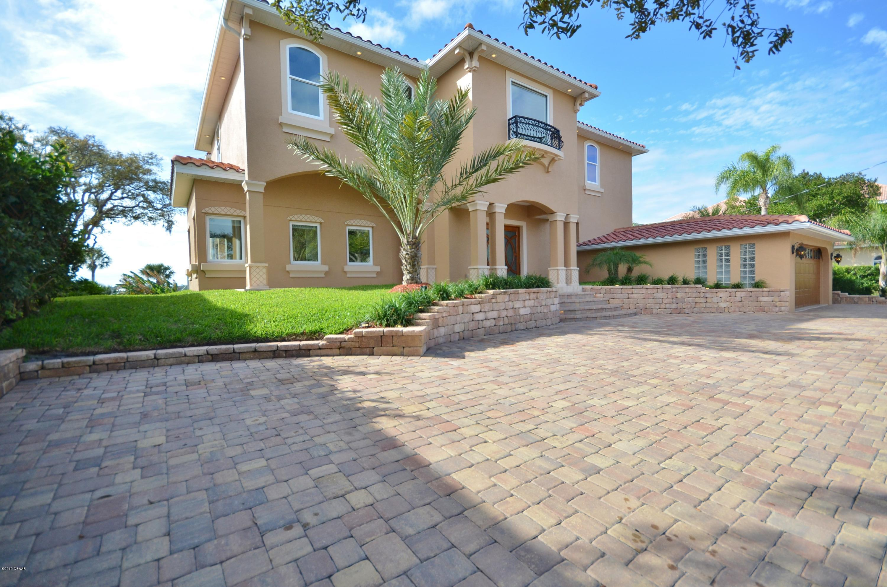 Photo of 8 Sunset Terrace, Daytona Beach, FL 32118