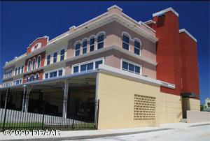 208 Wall Daytona Beach - 13