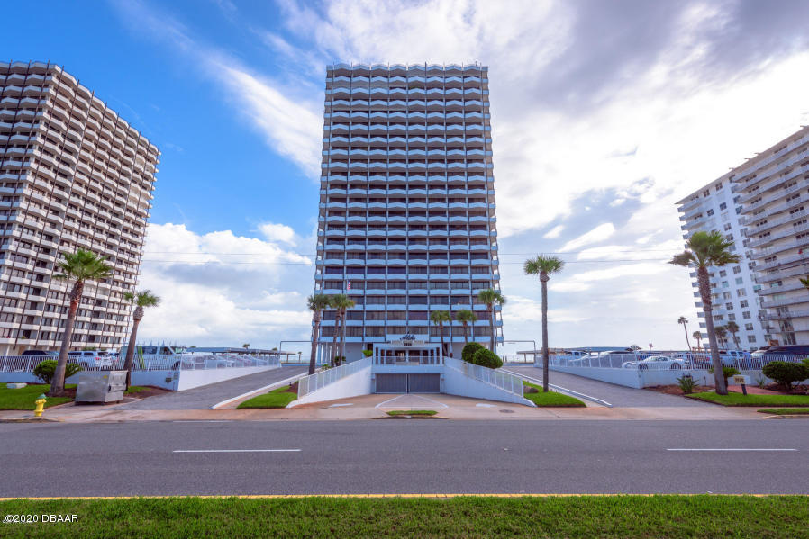 Photo of 2828 N Atlantic Avenue #504, Daytona Beach, FL 32118