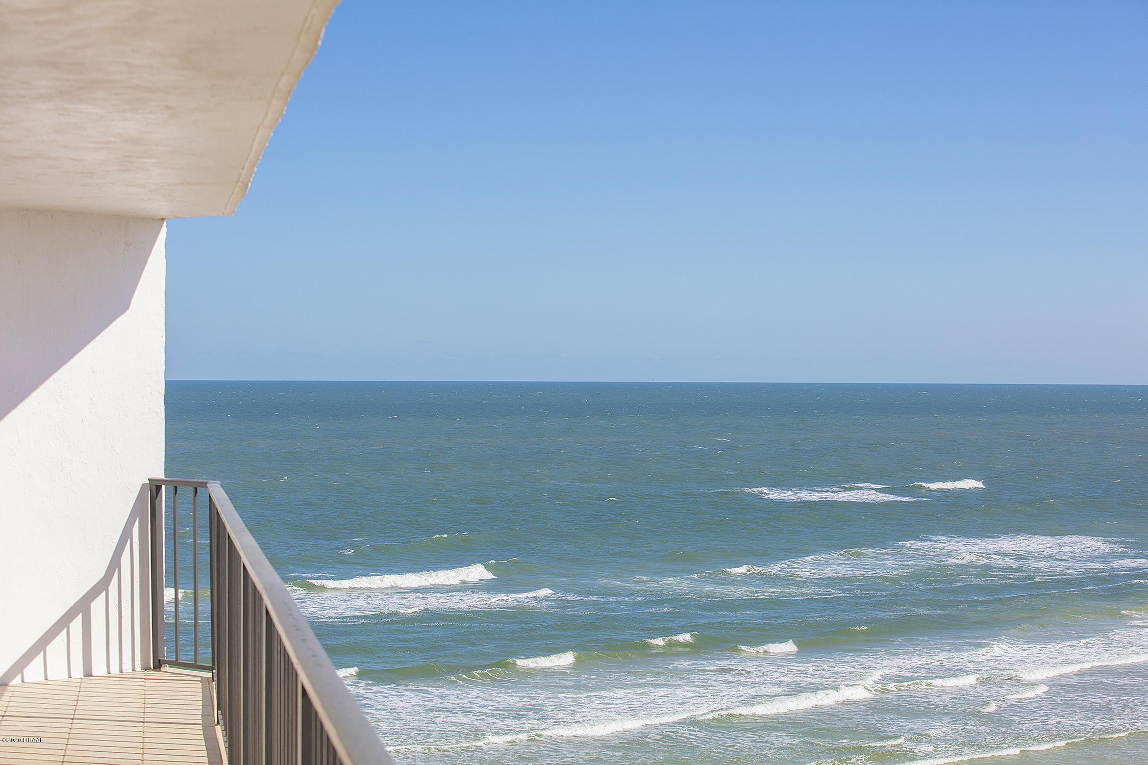 2425 Atlantic Daytona Beach - 24