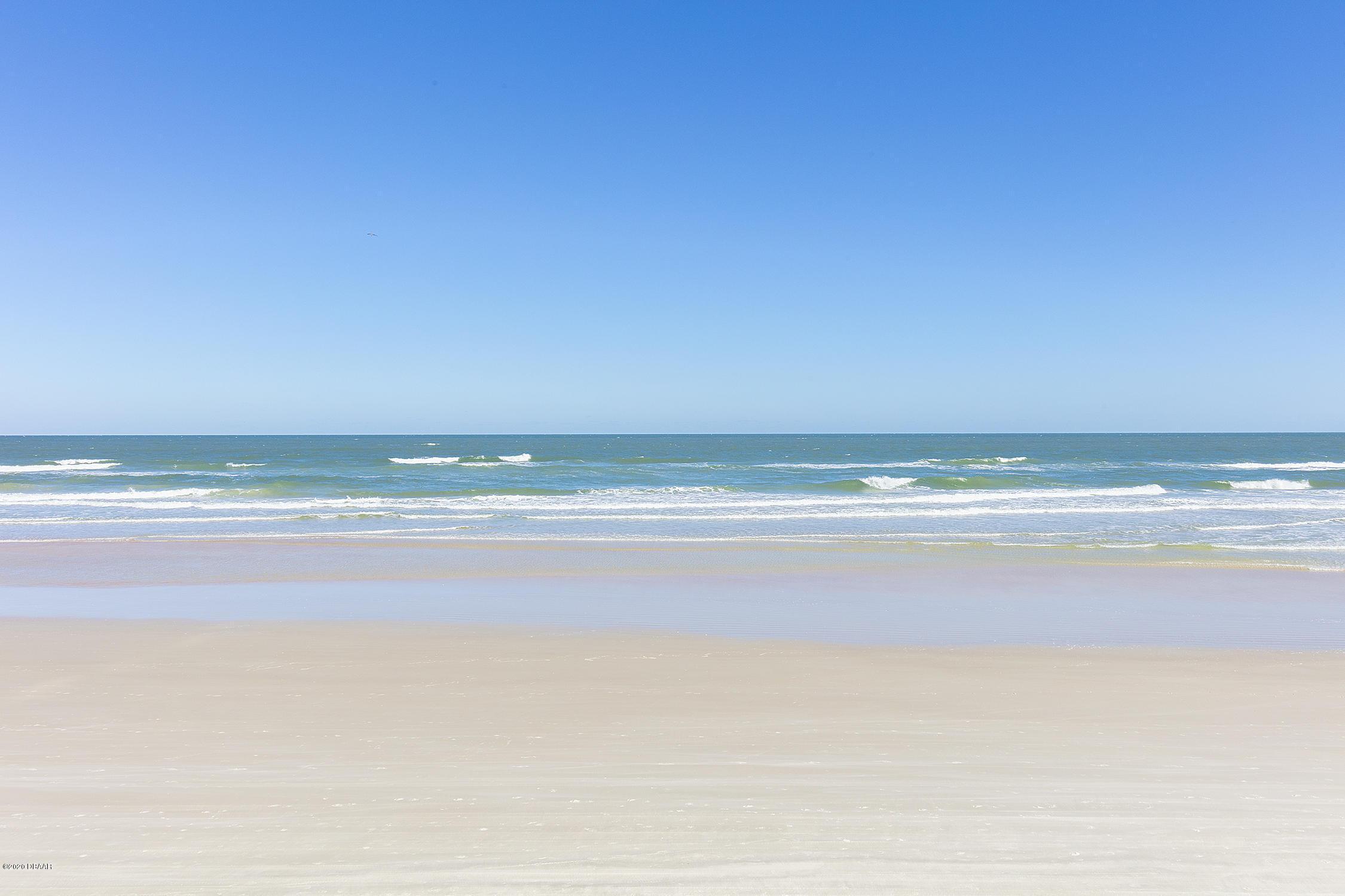 2425 Atlantic Daytona Beach - 22