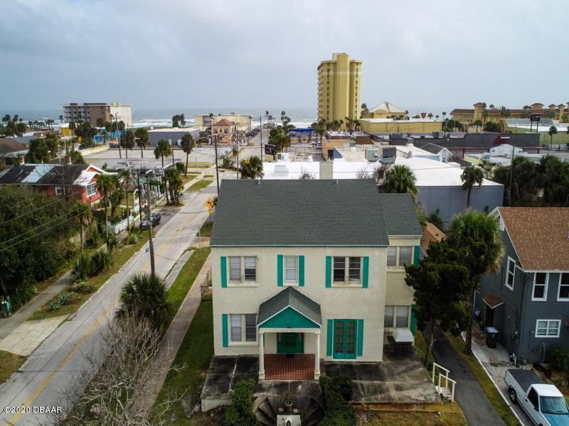 Photo of 642 N Wild Olive Avenue, Daytona Beach, FL 32118