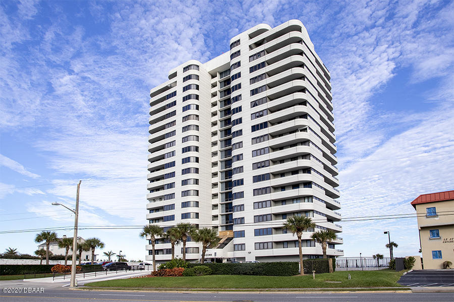 Photo of 1420 N Atlantic Avenue #203, Daytona Beach, FL 32118