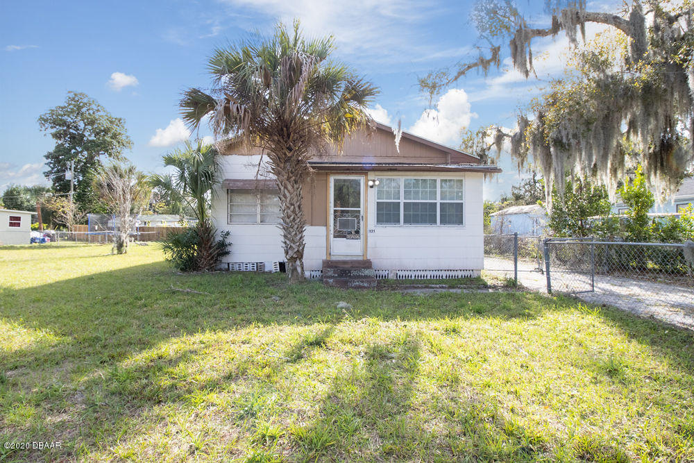 Photo of 1121 Hillcrest Drive, Daytona Beach, FL 32114