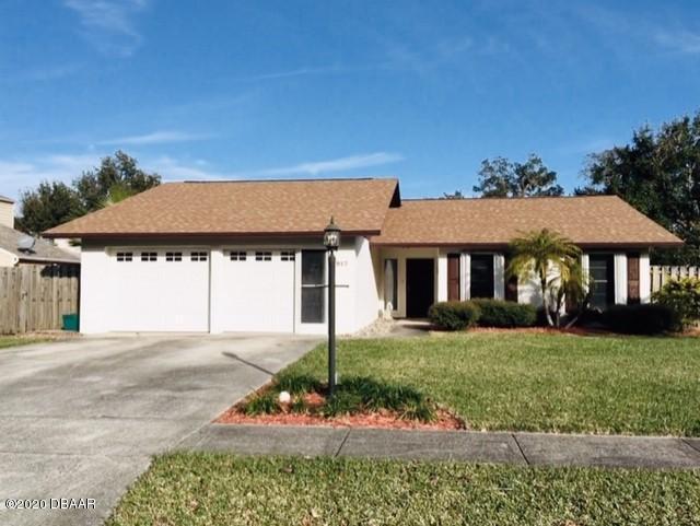 Photo of 917 Bentwood Lane, Port Orange, FL 32127