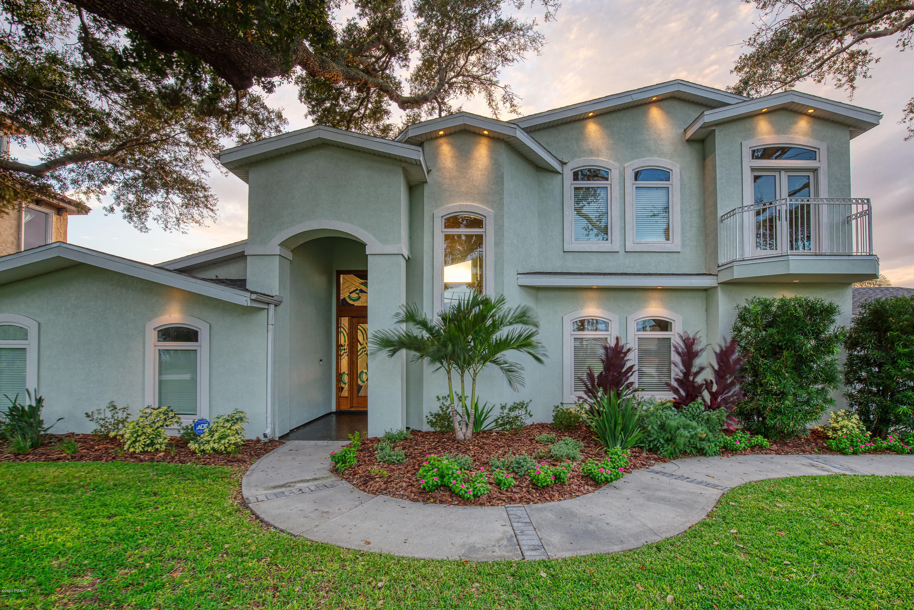 Photo of 2704 John Anderson Drive, Ormond Beach, FL 32176