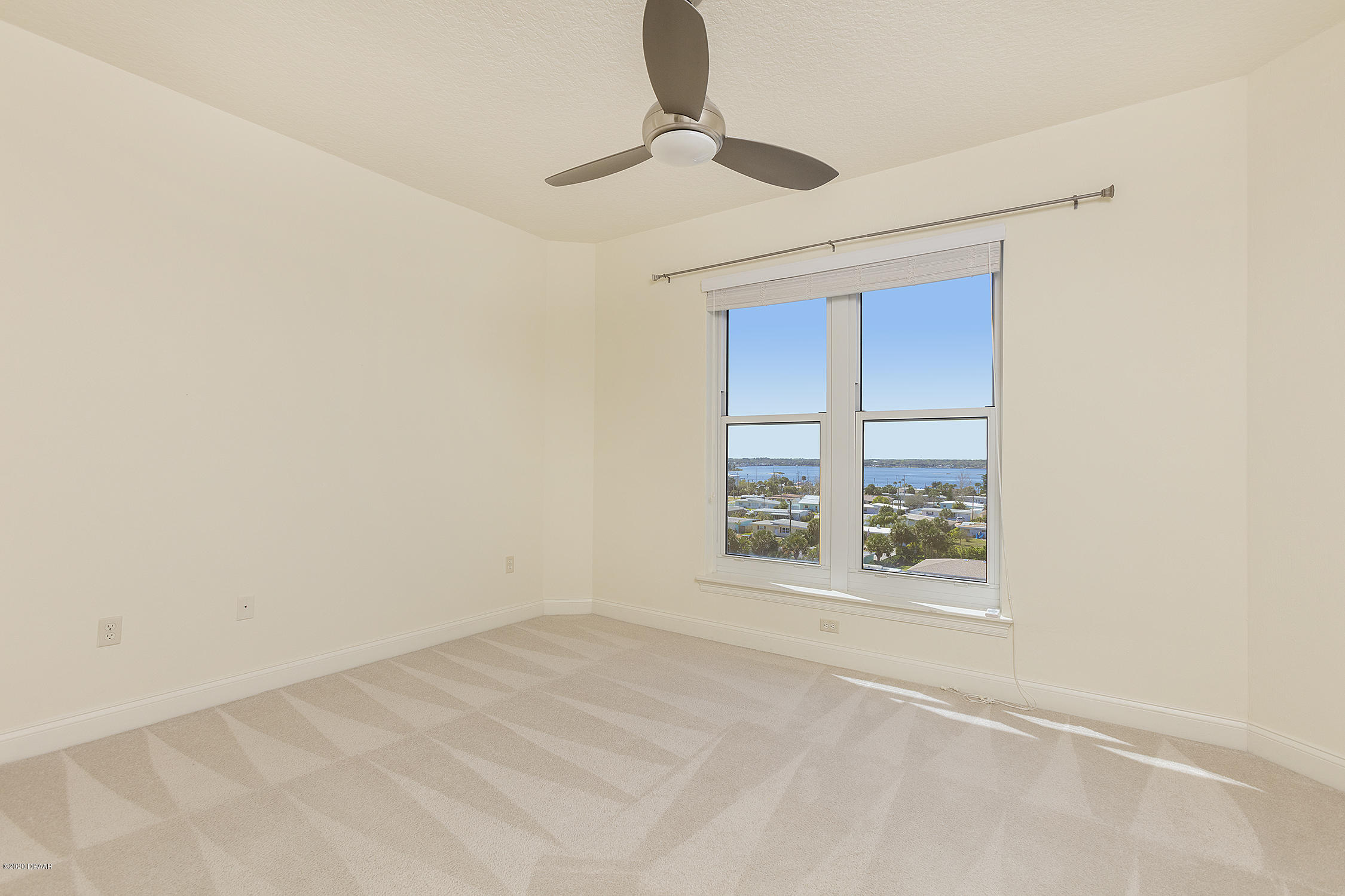 3245 Atlantic Daytona Beach - 32