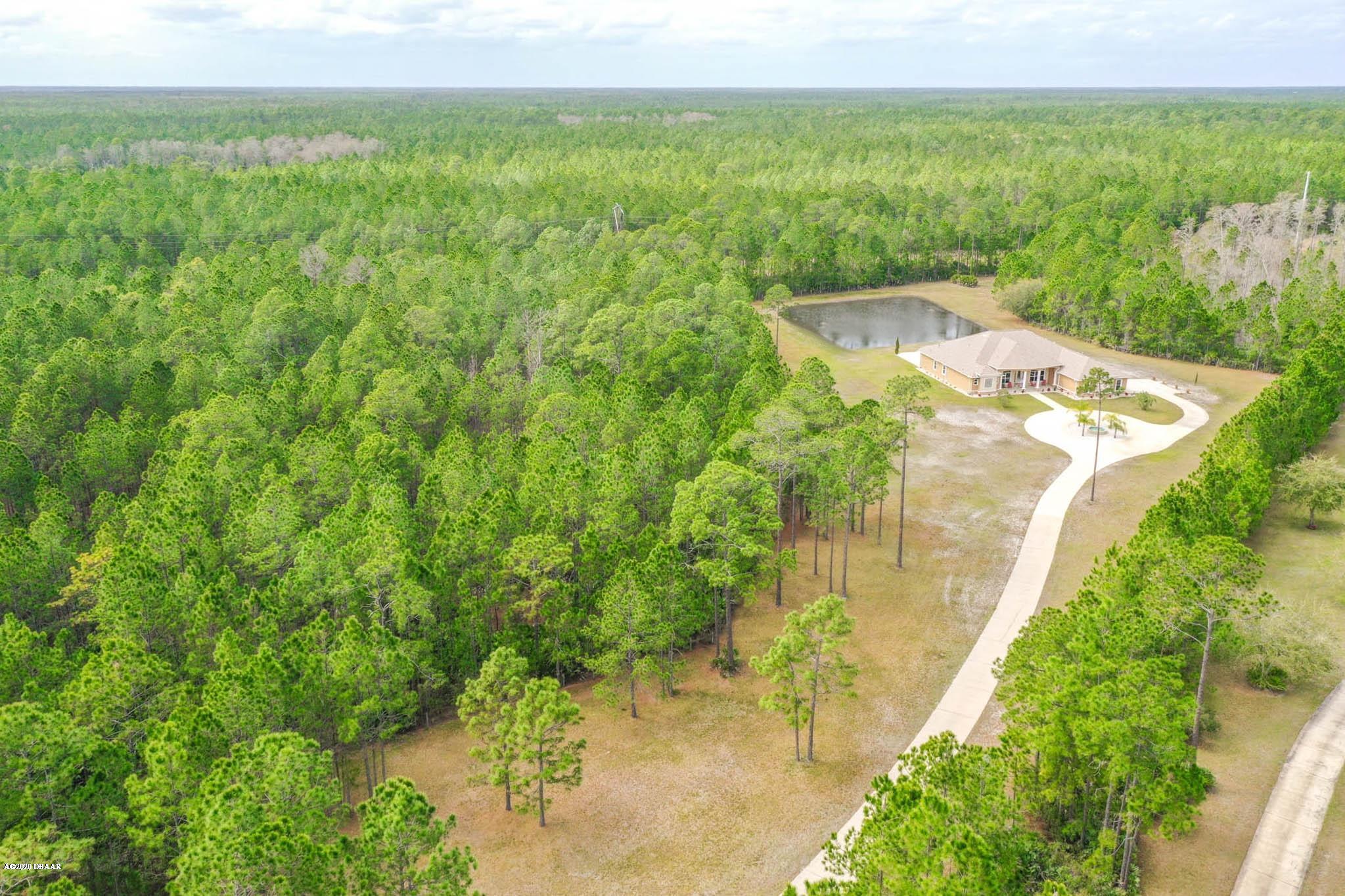 Photo of 2170 W Spruce Creek Circle, Port Orange, FL 32128