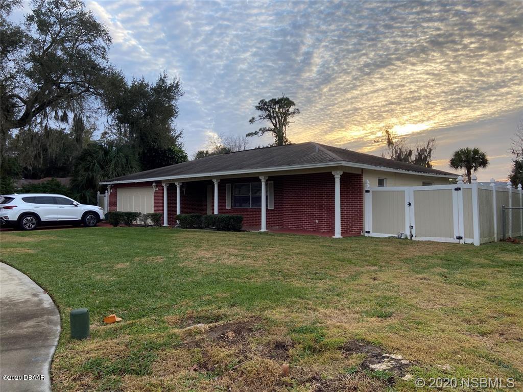 Photo of 932 Bentwood Lane, Port Orange, FL 32127