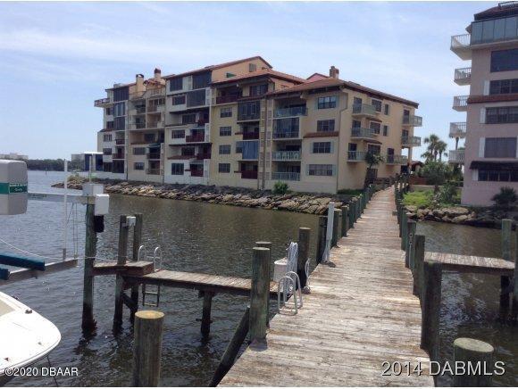 Photo of 743 MARINA POINT Drive, Daytona Beach, FL 32114