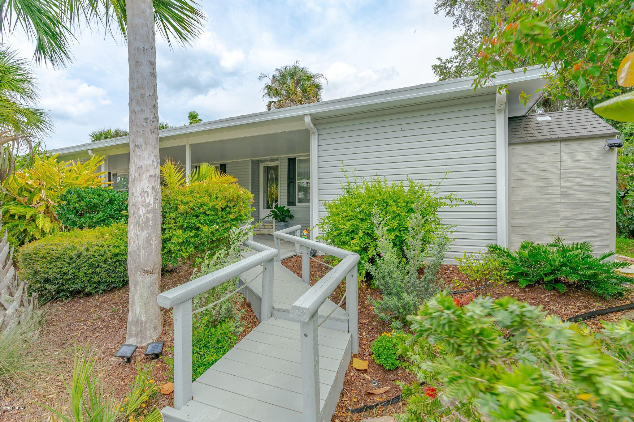 Photo of 775 Navigators Way, Edgewater, FL 32141