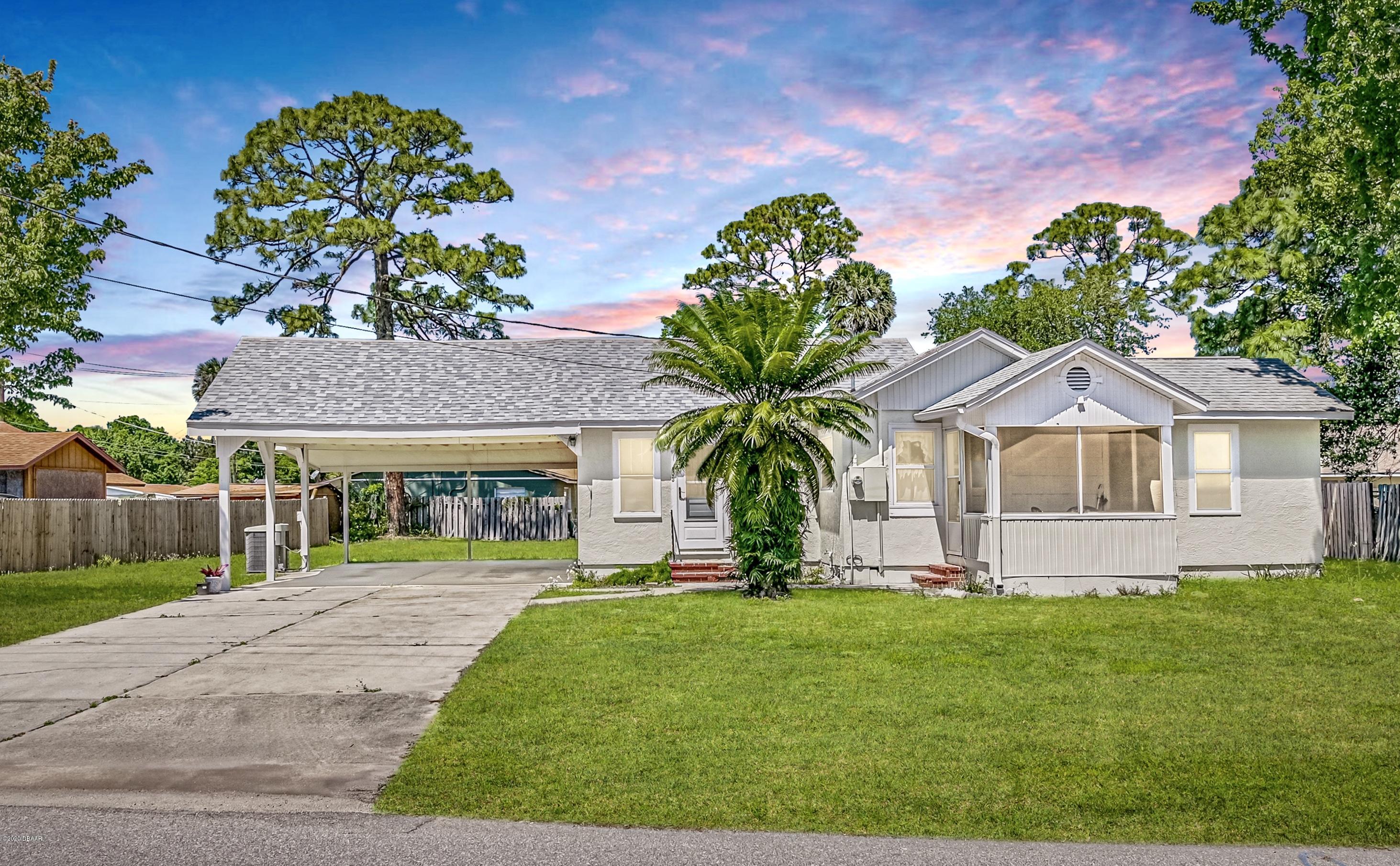 Photo of 305 Fox Place, Port Orange, FL 32127