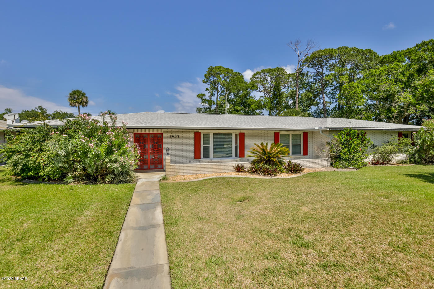 Photo of 1437 Golfview Drive, Daytona Beach, FL 32114