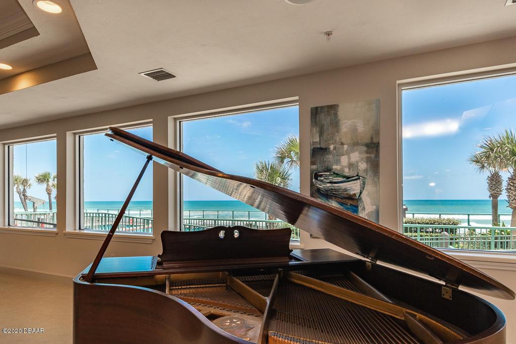 2055 ATLANTIC Daytona Beach - 40