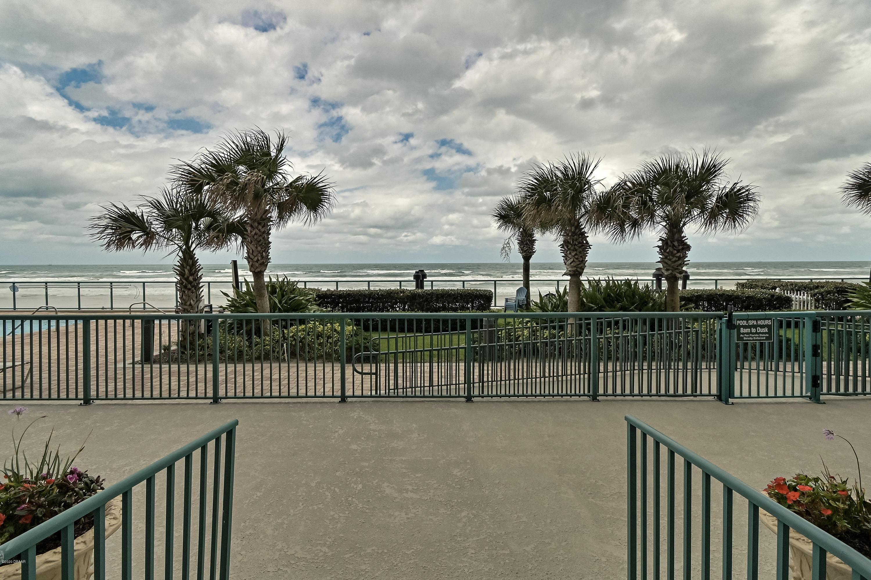 2055 Atlantic Daytona Beach - 65