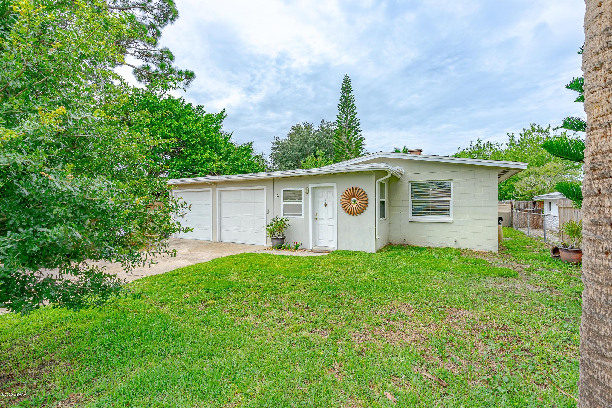 Photo of 303 Lafayette Street, Port Orange, FL 32127