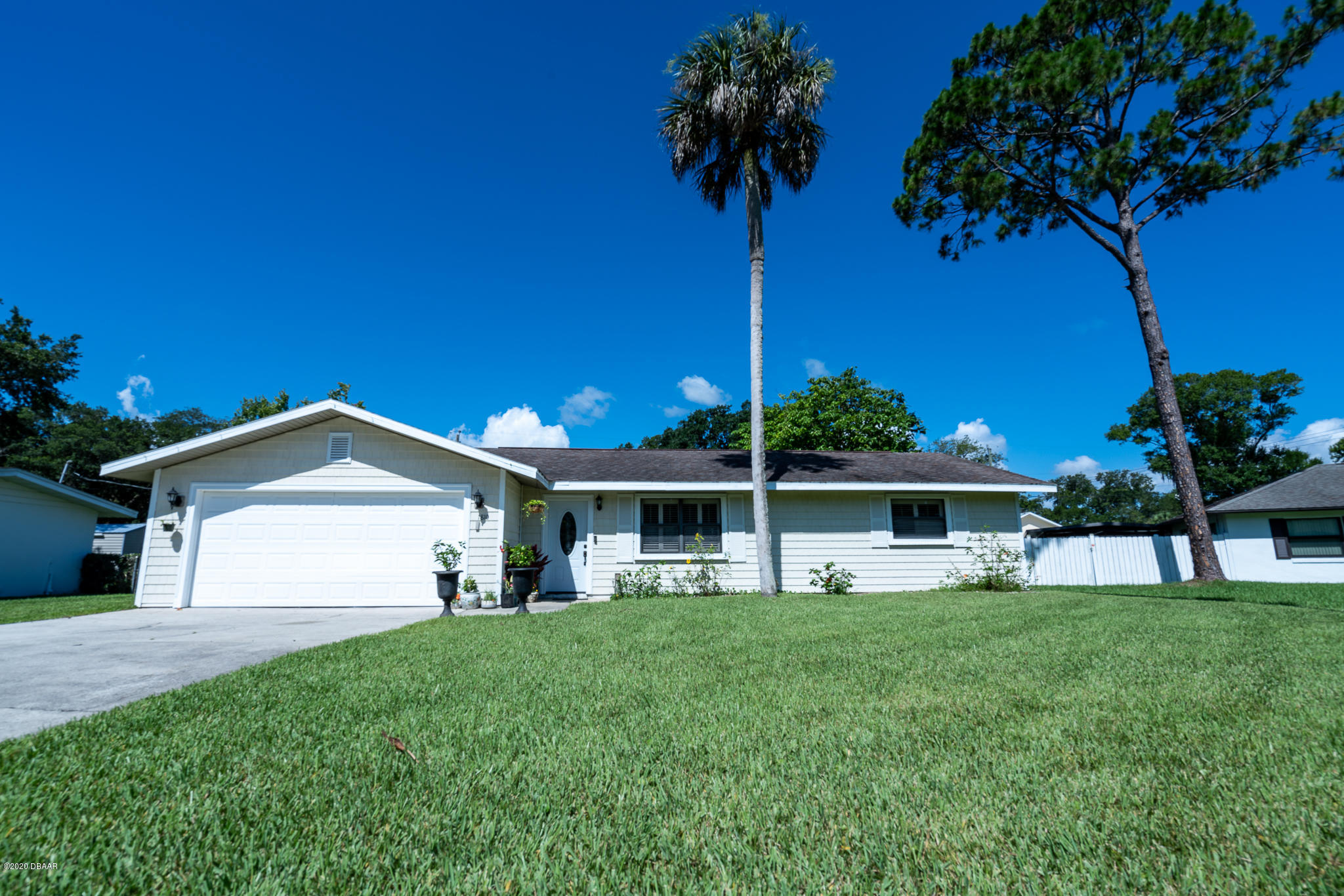 Photo of 1810 Queen Palm Drive, Edgewater, FL 32132