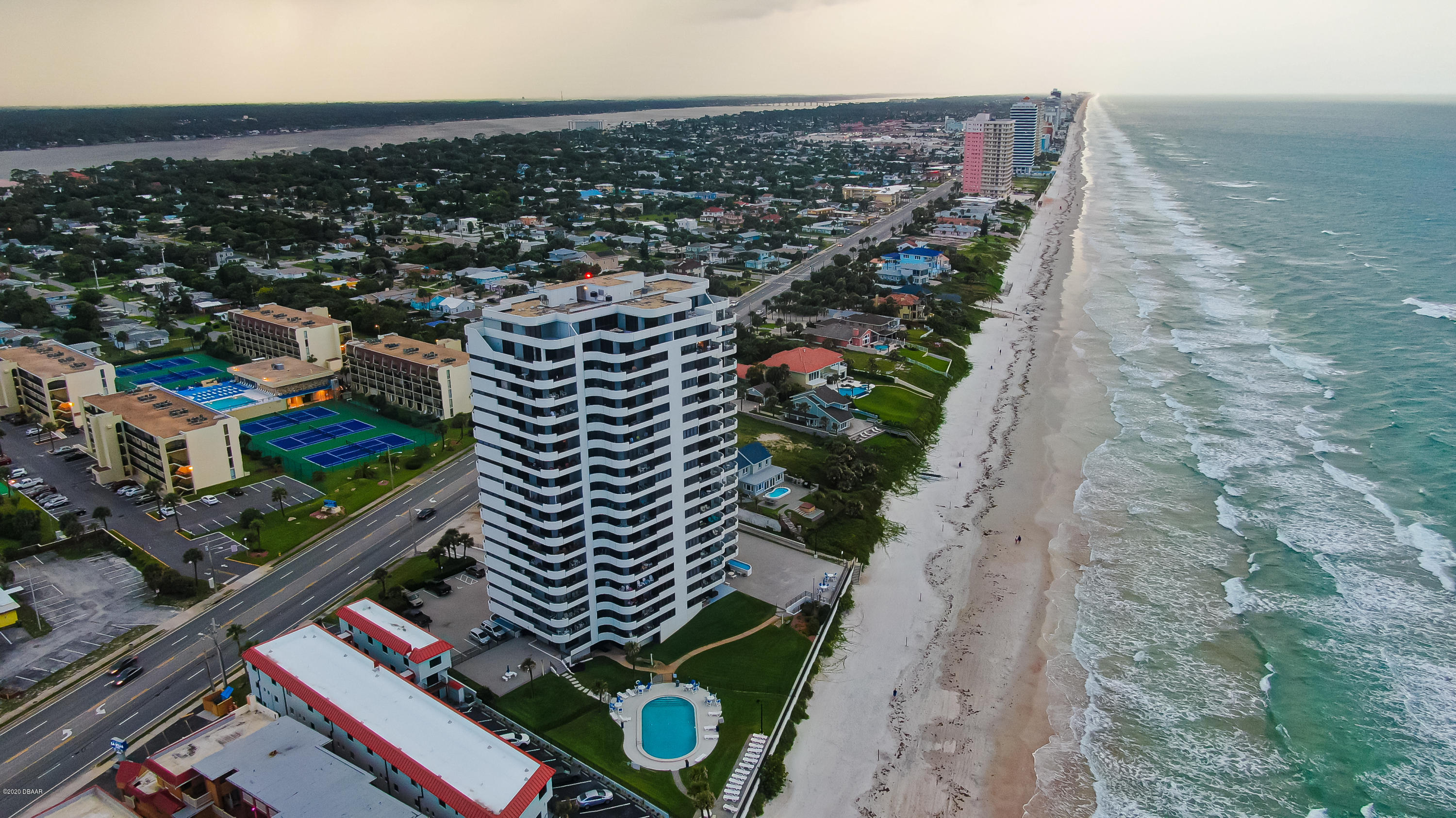 1420 Atlantic Daytona Beach - 4
