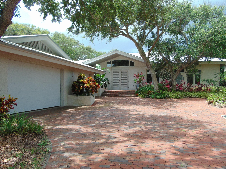 Photo of 1410 N Peninsula Avenue, New Smyrna Beach, FL 32169