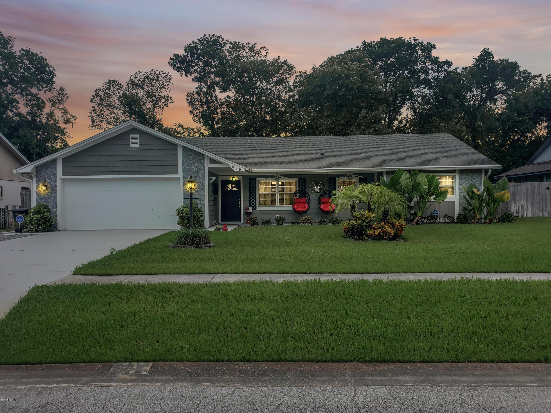 Photo of 969 E Bramble Bush Circle, Port Orange, FL 32127