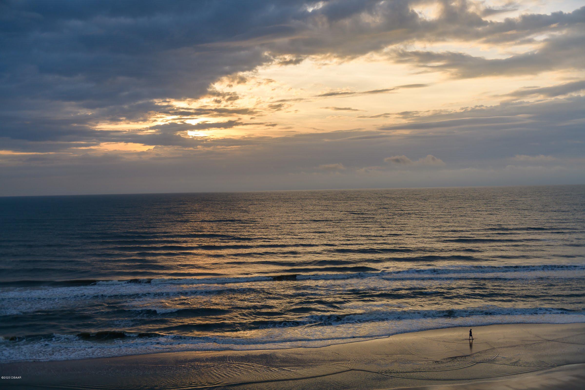 1420 Atlantic Daytona Beach - 73