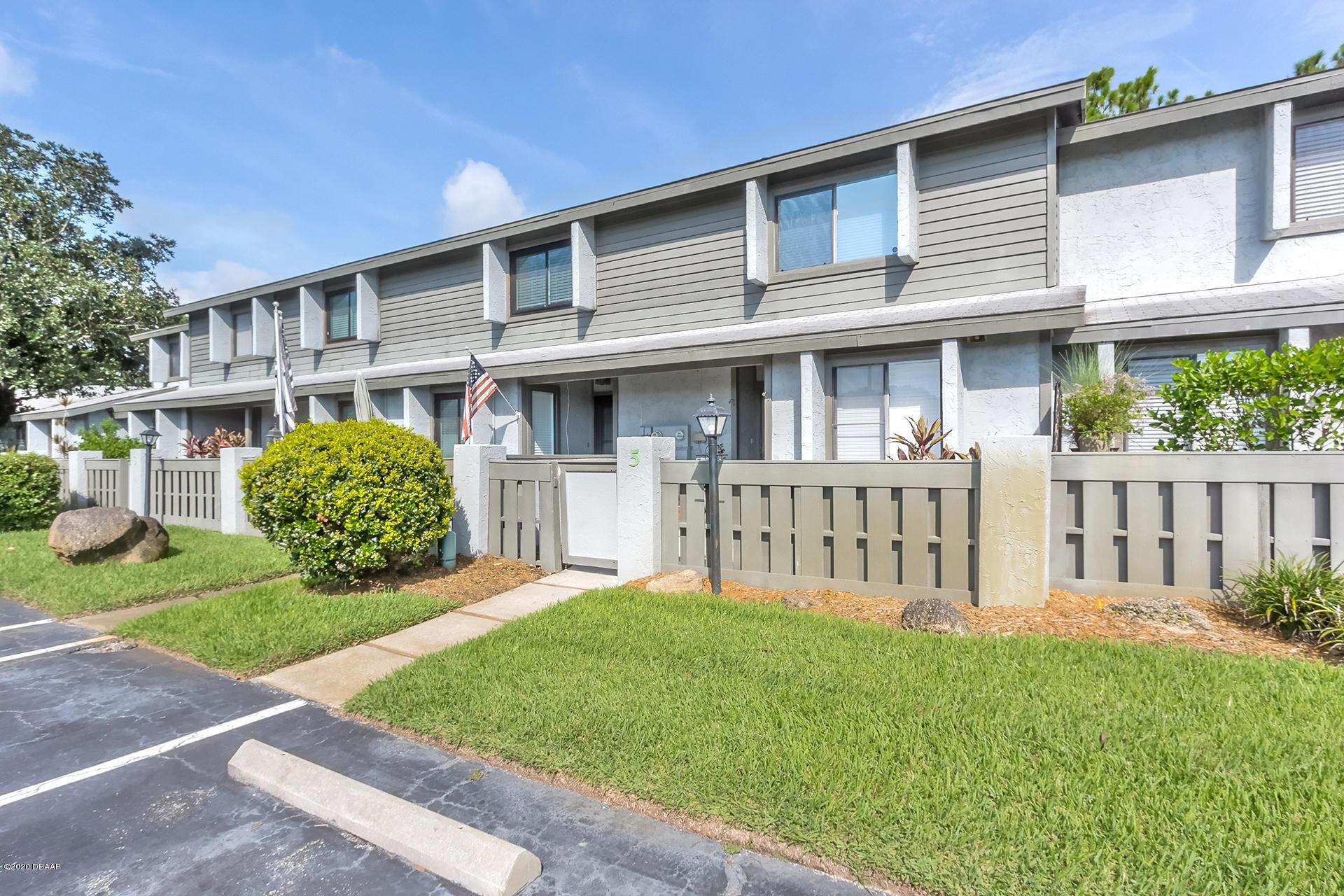 Photo of 140 Limewood Place #E (5), Ormond Beach, FL 32174