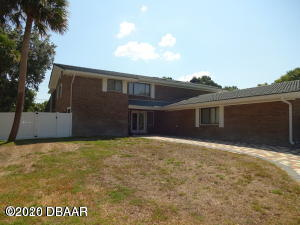 Photo of 433 Pelican Bay Drive, Daytona Beach, FL 32119