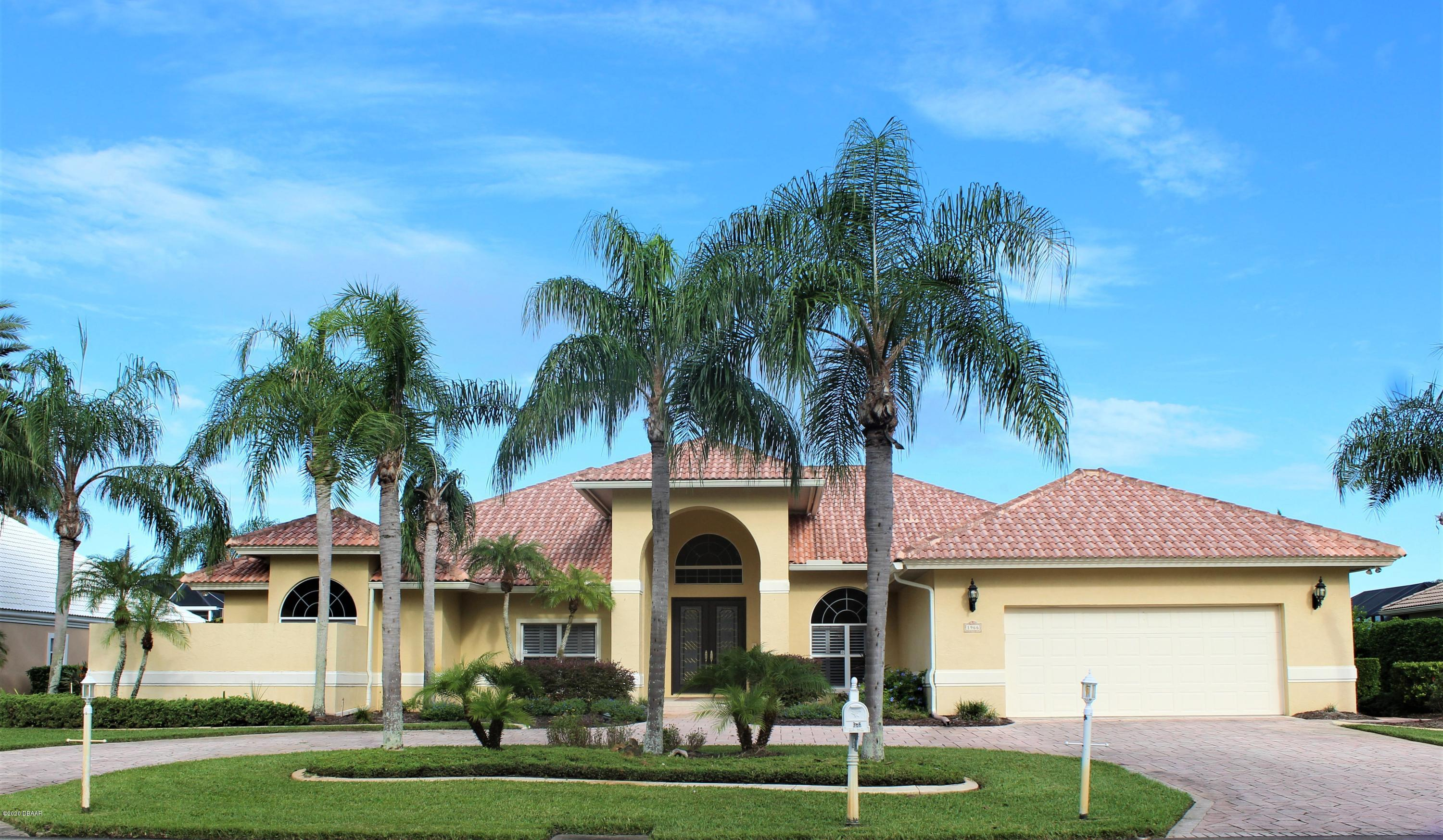 Photo of 1966 Country Club Drive, Port Orange, FL 32128