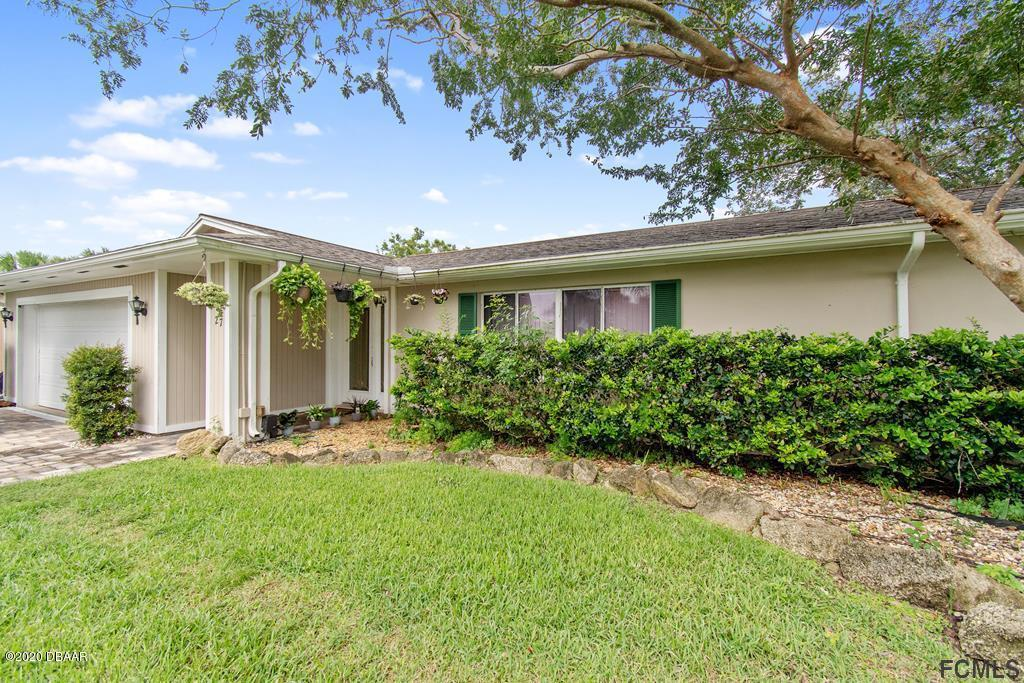 Photo of 27 S Classic Court, Palm Coast, FL 32137