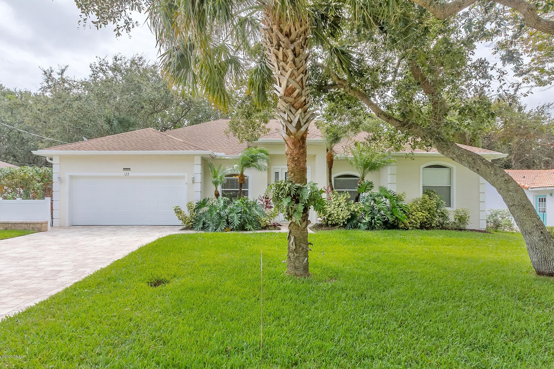 Photo of 123 Ponce Terrace Circle, Ponce Inlet, FL 32127